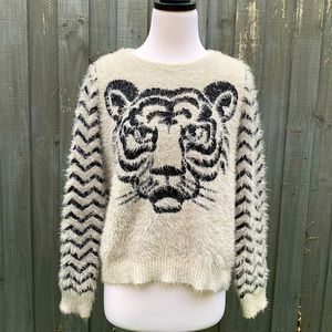 Seed Heritage tiger chevron fluffy jumper S